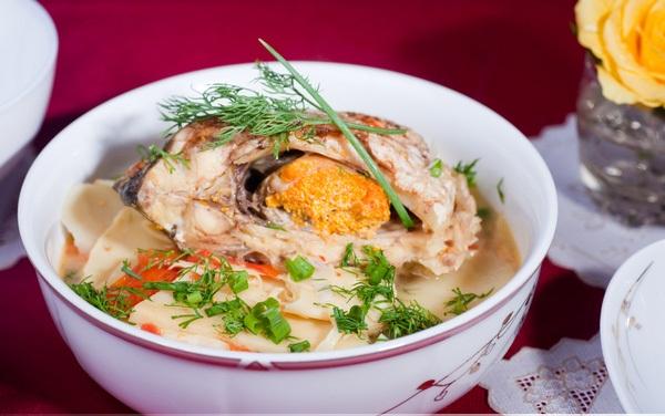 Món ngon mỗi ngày: Canh cá chép nấu măng chua ăn quên sầu ngày lạnh - Ảnh 4