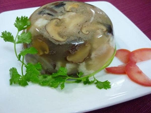 Món ngon mỗi ngày: Cách nấu thịt đông mềm ngon, trong veo - Ảnh 5