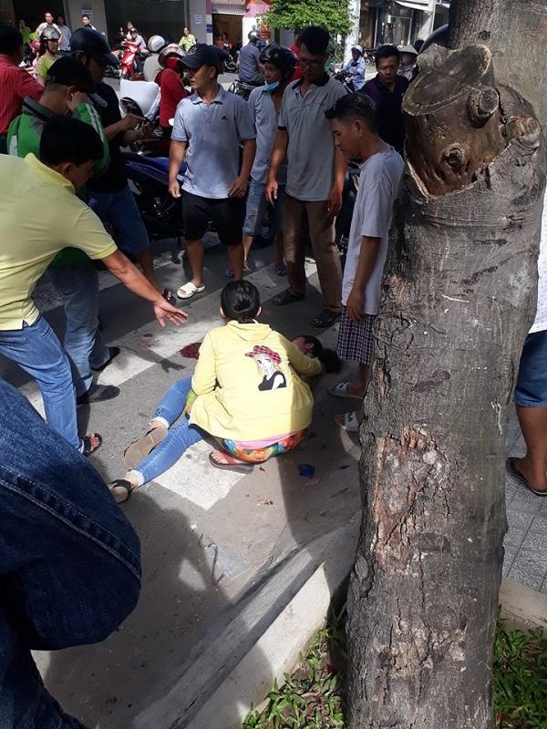Nữ sinh viên năm 3 lao thẳng xe máy vào tên cướp giật điện thoại - Ảnh 2