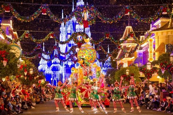 Những địa điểm vui chơi dịp Giáng sinh ở TP. HCM lý tưởng - Ảnh 4