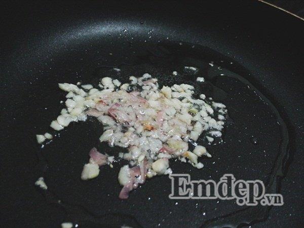 Món ngon mỗi ngày: Cách nấu canh dưa chua thịt bò cho ngày chán cơm - Ảnh 2