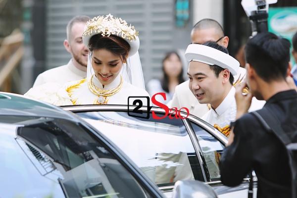 Lan Khuê rạng rỡ bên chồng đại gia trong lễ ăn hỏi - Ảnh 5