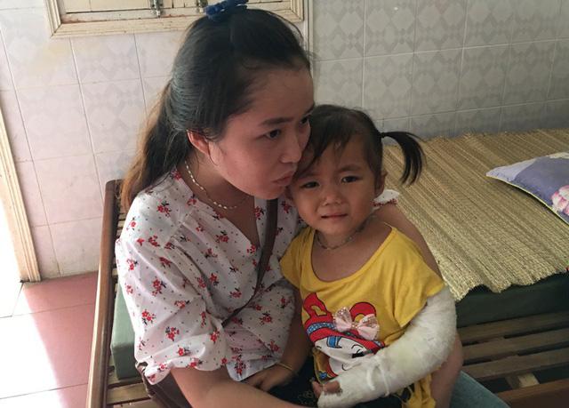 """Nạn nhân lở đất ở Thanh Hóa: """"Vợ và em trai mất rồi, không kịp chạy"""" - Ảnh 2"""