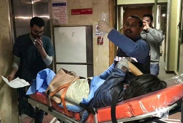 9 du khách Việt bị đánh bom ở Ai Cập vừa về đến Tân Sân Nhất an toàn - Ảnh 3