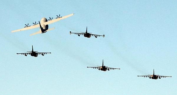Iraq tuyên bố phá hủy hoàn toàn sào huyệt trú ẩn của 30 thủ lĩnh IS tại Syria - Ảnh 1