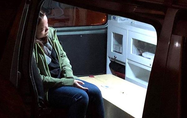 Người thân khóc ngất đón thi thể nạn nhân trong vụ đánh bom ở Ai Cập - Ảnh 2