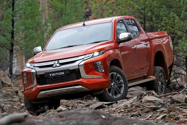 Bất ngờ với giá Mitsubishi Triton 2019 của đại lý cận Tết Nguyên đán 2019 - Ảnh 1