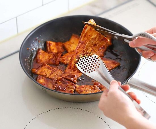 Món ngon mỗi ngày: Học người Hàn làm thịt áp chảo đổi vị cho ngày lạnh - Ảnh 6