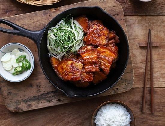Món ngon mỗi ngày: Học người Hàn làm thịt áp chảo đổi vị cho ngày lạnh - Ảnh 7