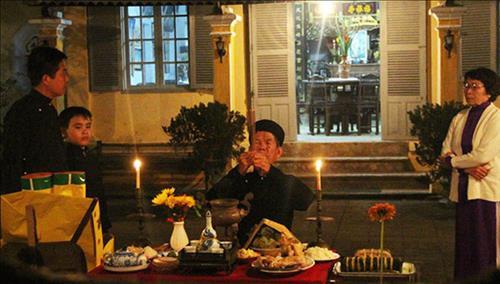 """Bài khấn Giao thừa trong nhà, ngoài trời theo """"Văn khấn cố truyền Việt Nam"""" - Ảnh 1"""