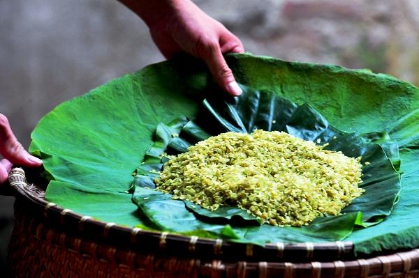 Những món ăn vặt bạn nhất định phải thử khi đến Hà Nội vào mùa thu - Ảnh 1