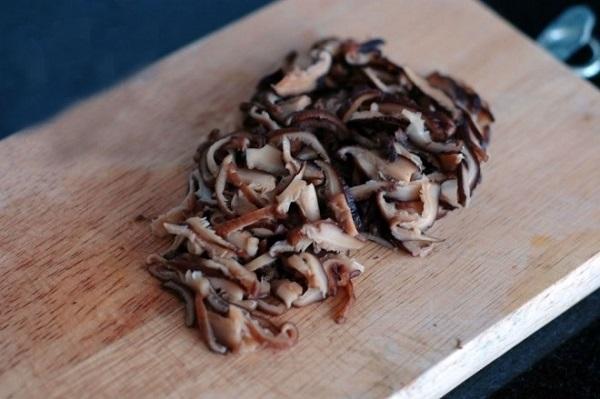 Thịt gà đem nấu theo cách này đảm bảo ngon, lạ miệng và không bị ngấy - Ảnh 2