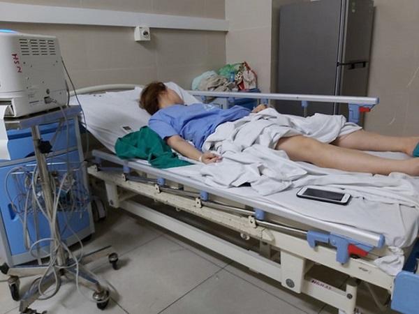 Vụ cô gái sốc thuốc tê khi hút mỡ bơm ngực: Thẩm mỹ viện không được cấp phép hút mỡ bụng - Ảnh 1