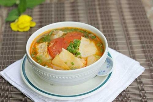 Canh măng chua ấm nóng cho bữa cơm gia đình ngày giao mùa - Ảnh 4