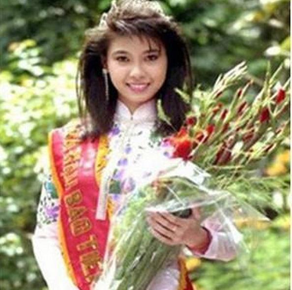 Hoa hậu trẻ nhất lịch sử Hà Kiều Anh: 16 tuổi chạm đỉnh cao, thanh xuân bão giông và hạnh phúc viên mãn tuổi trung niên - Ảnh 1