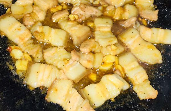 """Thịt kho trứng cút ai cũng biết, nhưng nấu sao cho ngon thì cần có """"bí quyết"""" này - Ảnh 3"""
