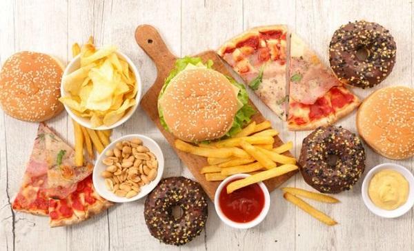 """7 loại thực phẩm gây lão hóa nhanh """"kinh khủng"""", không muốn già thì tránh xa càng nhanh càng tốt - Ảnh 6"""