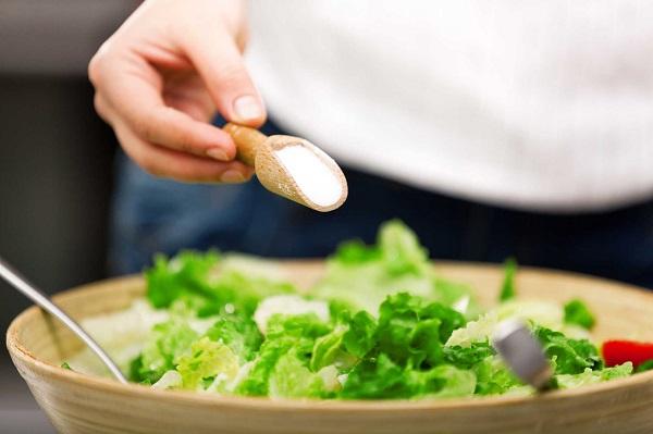 """7 loại thực phẩm gây lão hóa nhanh """"kinh khủng"""", không muốn già thì tránh xa càng nhanh càng tốt - Ảnh 1"""
