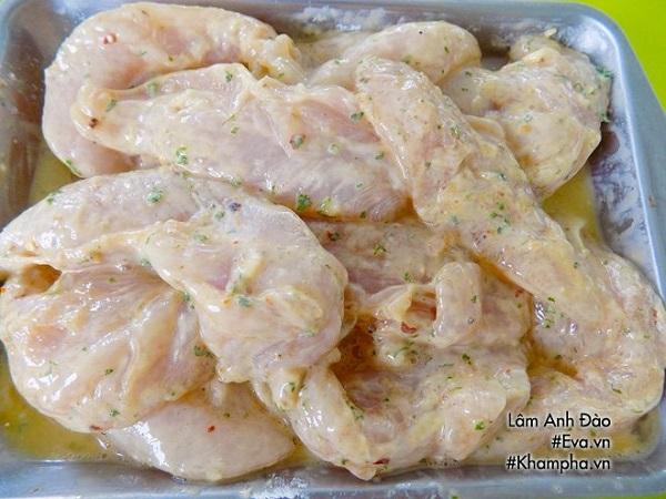 Không cần luộc hay rang, thịt gà chế biến theo cách này chinh phục cả người khó ăn nhất - Ảnh 4