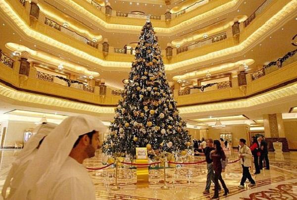 Cây thông Noel đắt nhất thế giới, giá 15 triệu USD có gì đặc biệt? - Ảnh 4