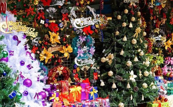 """5 điểm đến """"khó cưỡng"""" ở Sài Gòn trong mùa Giáng sinh - Ảnh 1"""