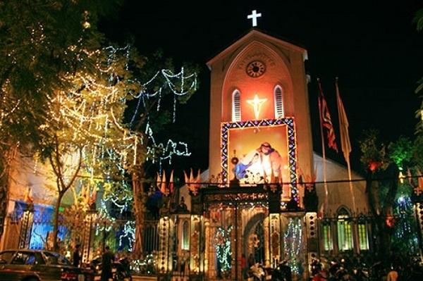 6 địa điểm vui chơi Giáng sinh ở Hà Nội không thể bỏ qua trong năm 2019 - Ảnh 2