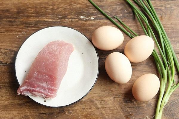 """Không phải nghĩ nhiều, trứng cứ chế biến theo cách này đảm bảo ngon """"rụng rời"""" - Ảnh 1"""