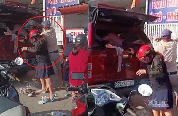 """Thực hư chuyện """"đại gia"""" đi ô tô tranh quần áo từ thiện với dân nghèo ở Đà Nẵng - Ảnh 1"""