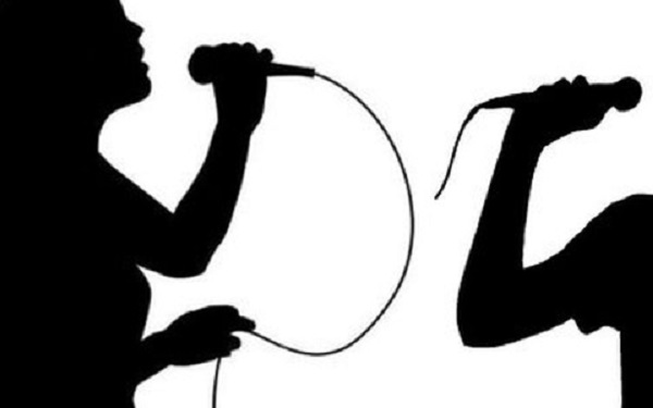 Hát karaoke trong xóm trọ gây ồn ào, một thanh niên bị đâm chết - Ảnh 1