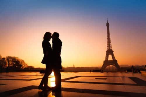 Ngạc nhiên với cách đón Valentine lãng mạn ở các nước trên thế giới - Ảnh 1