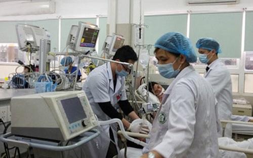 3 ngày nghỉ lễ, bệnh viện ở Hà Nội cấp cứu gần 5.000 trường hợp - Ảnh 1