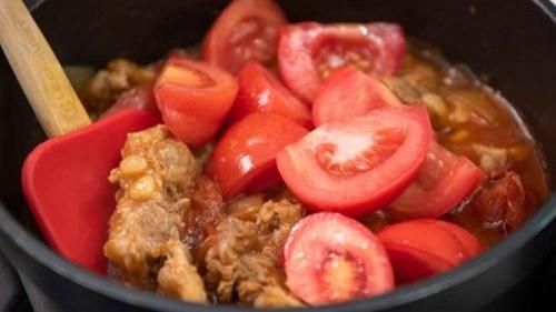 Món ngon mỗi ngày: Cách chế biến sụn heo khiến cả nhà thích mê - Ảnh 4