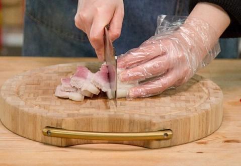 Món ngon mỗi ngày: Thịt kho theo kiểu này lạ mà ngon hết ý - Ảnh 2