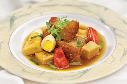 Món ngon mỗi ngày: Lạ miệng với thịt heo quay kho măng - Ảnh 1