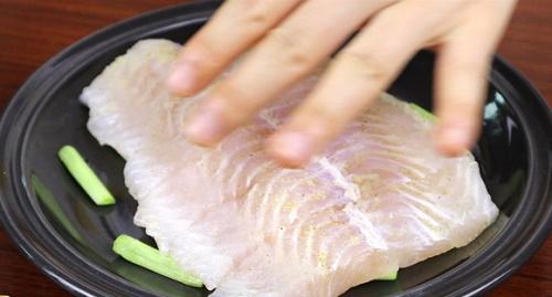 Món ngon mỗi ngày: Cá ba sa nấu theo cách này siêu ngon mà không lo bị ngấy - Ảnh 1