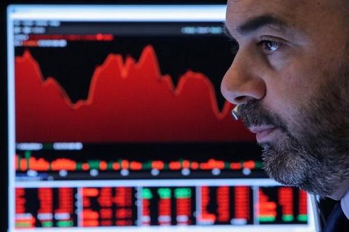 """Chứng khoán toàn cầu """"bốc hơi"""" hơn 1.000 tỷ USD sau khi Trung Quốc ra đòn trả đũa Mỹ - Ảnh 1"""