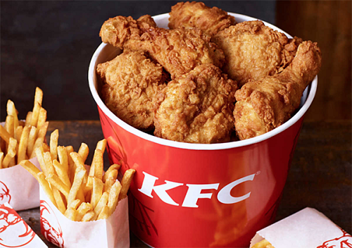 Nam thanh niên đóng giả thanh tra để 'ăn chùa' KFC suốt một năm - Ảnh 1
