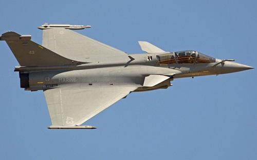 7 tiêm kích Pháp phải hạ cánh khẩn cấp ở Indonesia - Ảnh 1