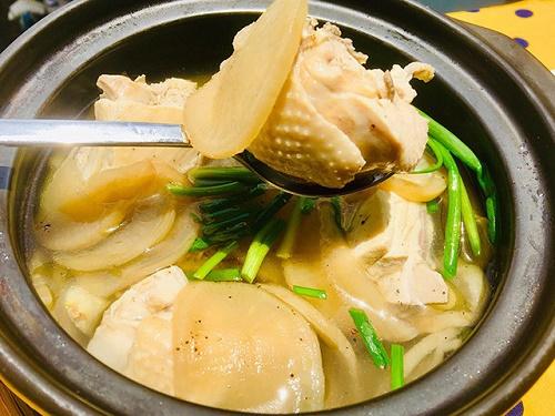 Món ngon mỗi ngày: Canh gà củ cải muối giải ngán sau kỳ nghỉ lễ - Ảnh 3