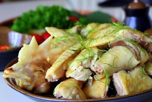 Bí quyết làm gà hấp lá chanh thơm ngon, khó cưỡng cho bữa tối thêm đậm đà - Ảnh 4