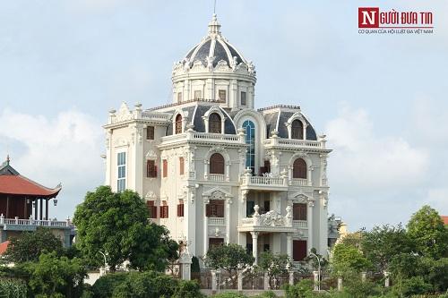 Choáng ngợp ngôi làng đi vài chục mét lại có một dinh thự ở Nam Định - Ảnh 2
