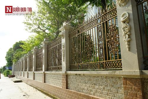 Choáng ngợp ngôi làng đi vài chục mét lại có một dinh thự ở Nam Định - Ảnh 8