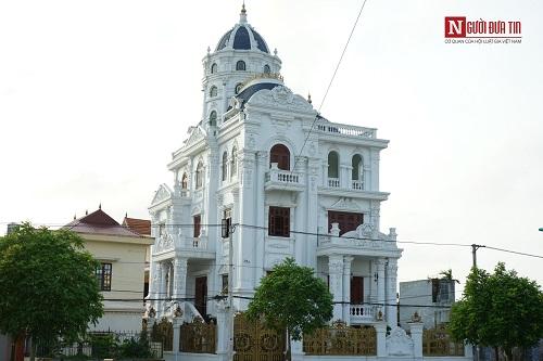 Choáng ngợp ngôi làng đi vài chục mét lại có một dinh thự ở Nam Định - Ảnh 10