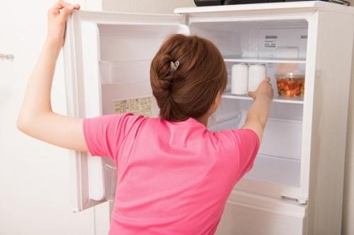 Mẹo sử dụng tủ lạnh vừa tiết kiệm điện lại kéo dài tuổi thọ - Ảnh 2