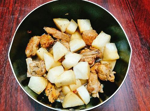 Cách làm sườn kho của cải ngọt mềm đưa cơm - Ảnh 6