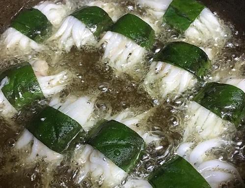 Cách làm chả cá ngần cuốn lá lốt thơm nức mũi - Ảnh 3