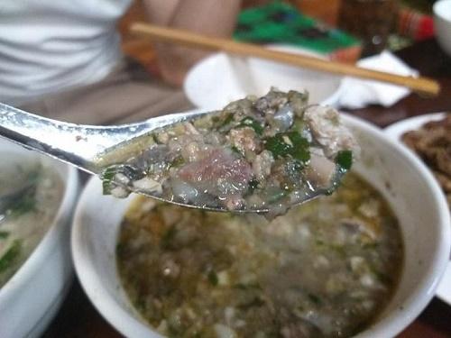 """""""Hoảng hồn"""" thưởng thức đặc sản pịa cá của đồng bào Thái ở Sơn La - Ảnh 2"""