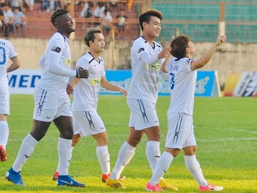 Hoàng Anh Gia Lai giành chiến thắng 2-0 trước Nam Định - Ảnh 1