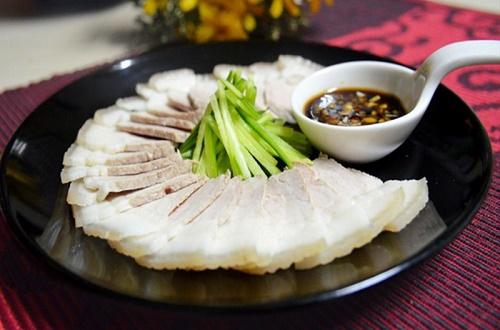 Thịt lợn luộc theo cách này vừa mềm, ngọt lại không bị hôi - Ảnh 5