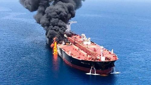 Ông Trump chỉ đích danh Iran đứng sau vụ tấn công tàu chở dầu - Ảnh 1